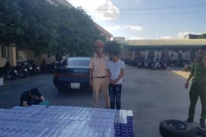 CSGT Bình Định phát hiện ô tô vận chuyển hơn 1.200 cây thuốc lá lậu