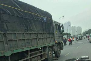Va chạm với ô tô tải, người đàn ông đi xe máy tử vong tại chỗ