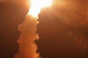 Crimea dùng rồng lửa S-400 nghiền nát kẻ thù giả định