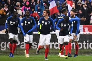 Lập công trên chấm 11m, Giroud giúp Pháp thắng Uruguay 1-0