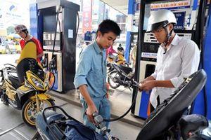 Giảm mạnh giá xăng dầu
