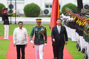 Trung Quốc - Philippines bắt tay ở Biển Đông