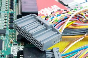 Làm chủ công nghệ, Alena Energy tự tin sản xuất pin lưu trữ tới 10 năm