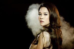 Thu Phương hát 'Trong miền ký ức' của nhạc sĩ Phú Quang
