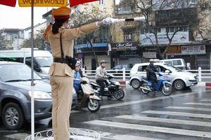 Bảo đảm an toàn cho người nước ngoài tham gia giao thông