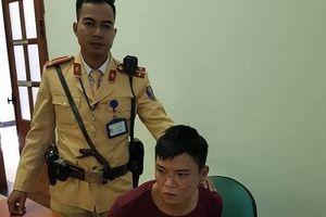 CSGT Hà Nội tóm gọn đối tượng cướp giật điện thoại giữa ban ngày
