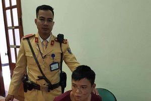 CSGT truy bắt đối tượng cướp giật điện thoại trên đường phố Hà Nội