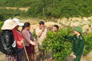Việt Nam - Lào tiếp tục đẩy mạnh kết nghĩa các cụm dân cư hai bên biên giới