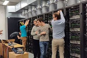 Siêu máy tính mô phỏng… não người lớn nhất thế giới