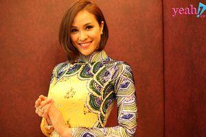 Người đẹp Phương Mai dẫn chương trình tại sự kiện giao lưu thời trang đẳng cấp quốc tế tại Malaysia
