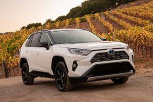 Toyota RAV4 2019 chốt giá bán từ 25.500 USD