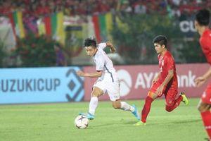 Bóng đá Việt Nam làm sao để theo kịp Thái Lan