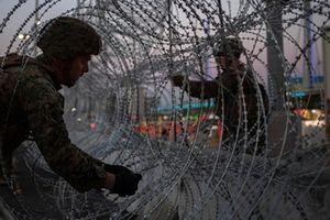 Lính Mỹ sắp 'sàng lọc' người nhập cư tại biên giới