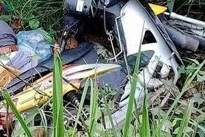 Phát hiện người đàn ông chết bên vệ đường cùng xe máy