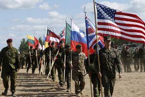 Ván bài Baltic: NATO đi sai nước cờ với Nga?