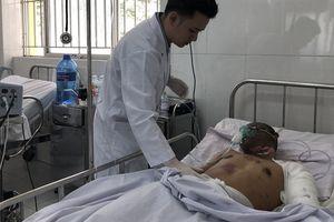 Tài xế xe bồn chở xăng cháy ở Bình Phước bị bỏng nặng, phải thở oxy