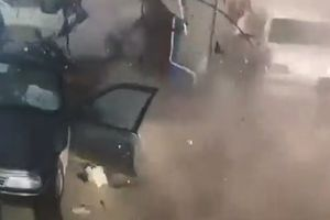 Đang đổ xăng, ôtô bất ngờ phát nổ tại Syria