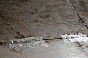 Chủ đầu tư đường cao tốc Đà Nẵng – Quảng Ngãi nói gì khi bóc bỏ băng dính dán?
