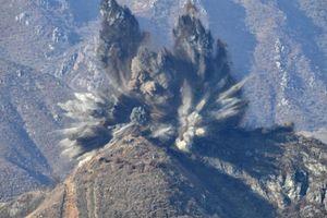 Cận cảnh trạm gác bị thổi bay bằng thuốc nổ ở biên giới Hàn-Triều