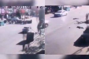 Xe hơi tông vào nhóm học sinh ở Trung Quốc, 5 người chết