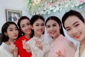 Á hậu Thanh Tú xinh đẹp trong lễ đính hôn với bạn trai doanh nhân