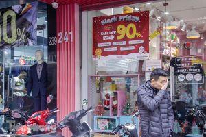 Trước Black Friday, các cửa hàng Hà Nội đồng loạt tung khuyến mãi