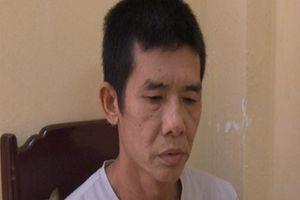Người đàn ông trung niên bị bắt vì tàng trữ Methamphetamine và heroin