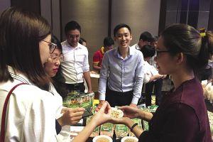 Câu chuyện người Mỹ đi bán 3.000 tấn đậu khô tại Việt Nam