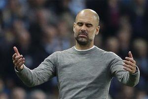 Guardiola bị cảnh cáo vì nhắc khéo trọng tài ở derby Manchester