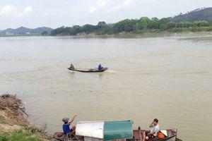 Đã tìm thấy thi thể học sinh đuối nước trên sông Lam sau 2 ngày tìm kiếm