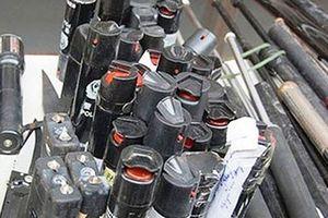Lạng Sơn: Bị Công an chặn xe, đối tượng vứt bỏ thùng chứa 'hàng nóng' để bỏ chạy