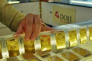 Tình huống hiếm có, giá vàng tăng lên mức cao nhất 2 tuần qua