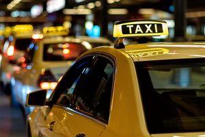 Hà Nội thay 'màu áo' và chia vùng hoạt động taxi: Thấy trước thất bại?