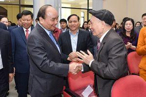 Thủ tướng Nguyễn Xuân Phúc tiếp xúc cử tri quận Lê Chân (Hải Phòng)