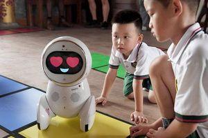 Robot sẽ thay thế giáo viên, hàng loạt thầy cô mất việc?
