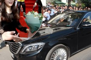 Kim Tae Hee được đưa đón bằng xế sang tại Hà Nội