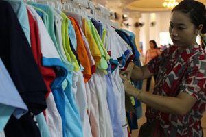Doanh nghiệp ở quận 1 giảm giá mua hàng cho đoàn viên