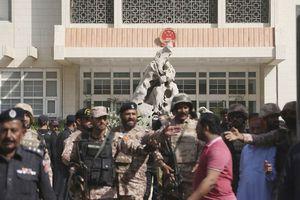 Tấn công tự sát vào Lãnh sự quán Trung Quốc ở Pakistan