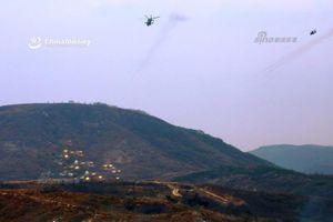 Mục kích trực thăng tấn công Trung Quốc khạc đạn khoét núi