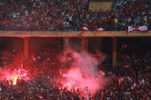 'Chúng tôi yêu bóng đá, không cần pháo sáng'