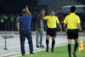 HLV Park Hang-seo yêu cầu HLV Myanmar 'tuân thủ luật lệ cơ bản trên sân'