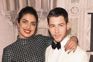 Hoa hậu Thế giới 2000 đưa Nick Jonas về Ấn Độ chuẩn bị đám cưới
