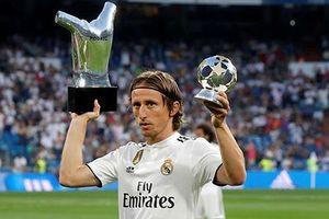 Liverpool 'trói chân' Sadio Mane bằng lương khủng; Modric là chủ nhân Quả bóng vàng 2018?