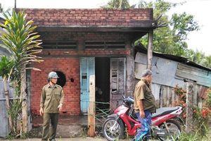 Tiền Giang: Thanh niên có biểu hiện ngáo đá đốt nhà cha đẻ