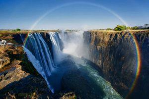 Ngắm nhìn vẻ đẹp lung linh của 10 thác nước đẹp nhất thế giới