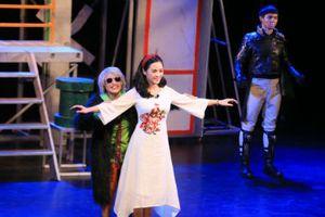 Sau vai My Sói của 'Quỳnh Búp Bê', Thu Quỳnh tích cực với nhiều hoạt động sân khấu