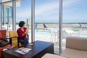 6 phòng chờ sân bay có dịch vụ ấn tượng nhất thế giới
