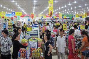 Hà Nội: Ngày Quyền của người tiêu dùng Việt Nam: 320.000 lượt người tham gia mua sắm