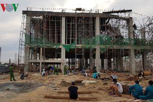 Long An: Sập công trình xây dựng làm 1 người chết, 4 người bị thương