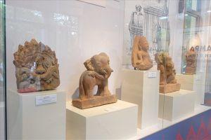 Triển lãm gốm cổ Champa Bình Định: Nhiều góc nhìn về các đền tháp Champa